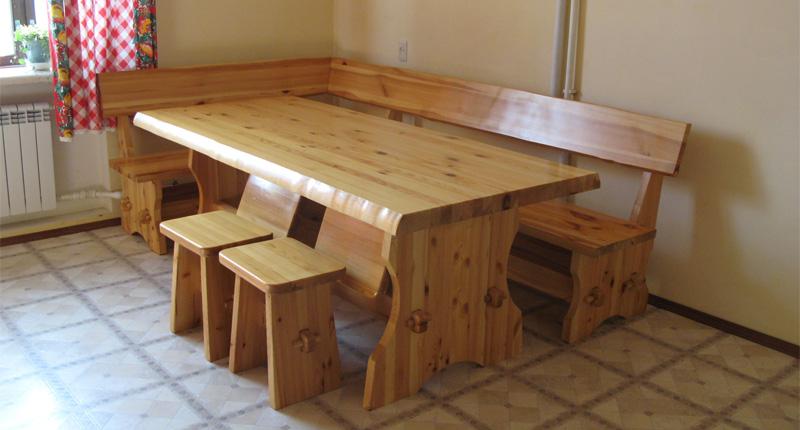 Скамья на кухню из дерева